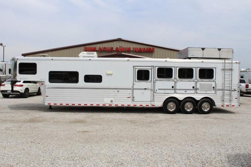 2008 Sundowner 4 horse with 14' Living Quarter