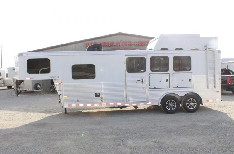 2016 Sundowner Trailers 8' Living Quarter Horse Trailer