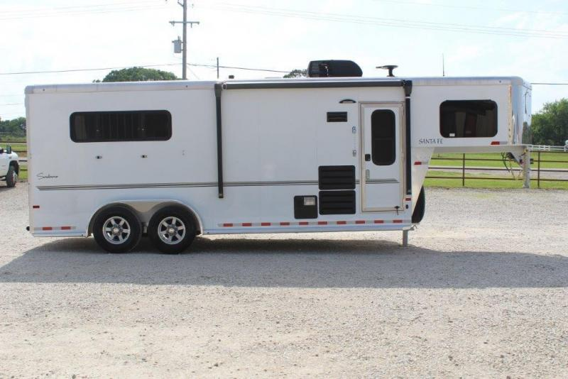 2020 Sundowner 3 horse with 6' LQ
