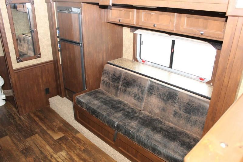 2015 Exiss Trailers Exiss Horse Trailer