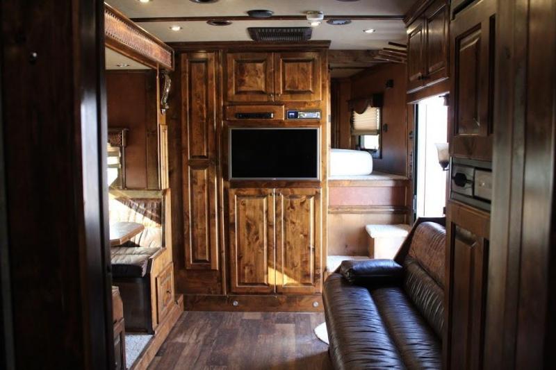 2015 Bloomer 4 horse Living Quarter