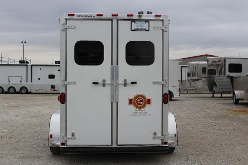 2000 Featherlite 9407 Horse Trailer