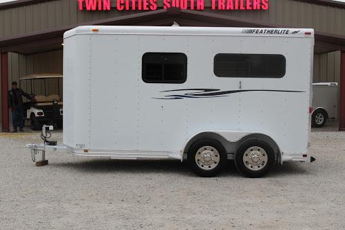 2000 Featherlite 9407 Horse Trailer
