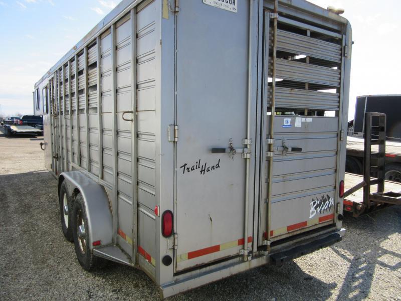 1998 Bison Trailers 4 horse slant steel Other Trailer