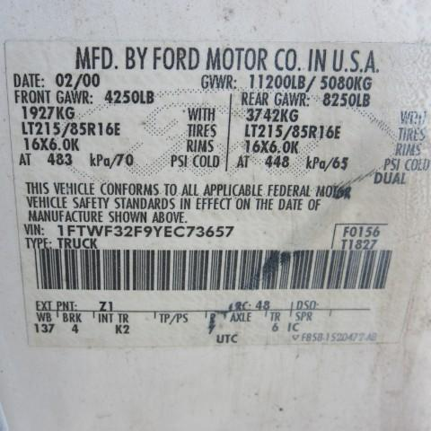 2000 Ford F-350 SD Lariat Reg. Cab 2WD DRW