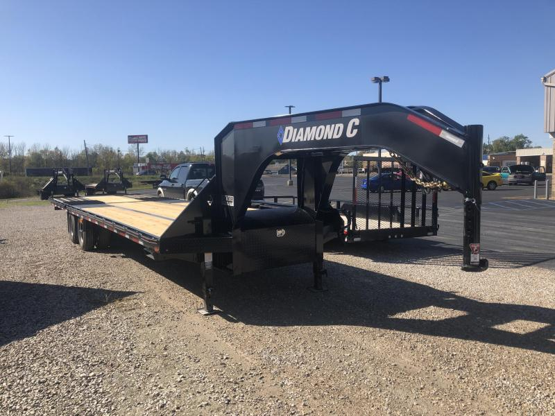 2020 FMAX 212HDT 32x102 25.9K Diamond C Engineered Beam Gooseneck Equipment Trailer. 20032