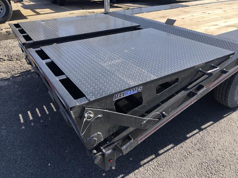 """2020 FMAX 207MR 20'+5'x102"""" 15.5K Diamond C Engineered Beam Equipment Trailer. 27112"""