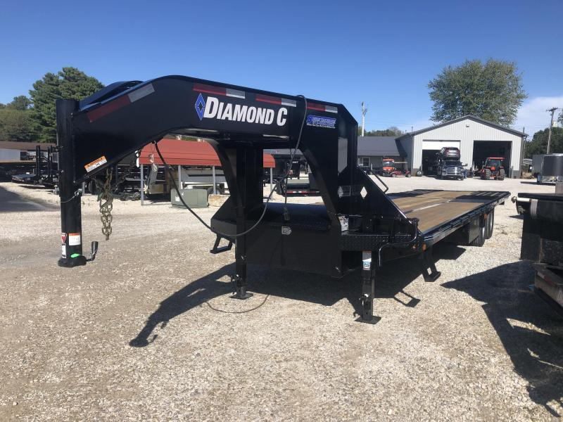 "2020 FMAX 210HD 32'x102"" 25K Diamond C Engineered Beam Gooseneck Trailer. 19957"