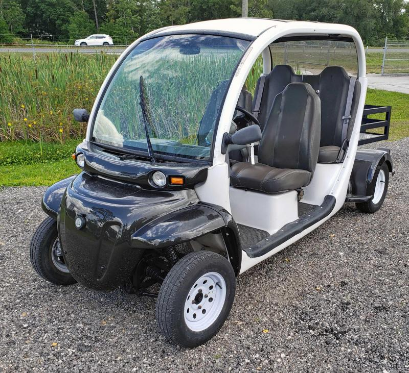 2006 GEM e4 Street Legal Cart - 4 Passenger