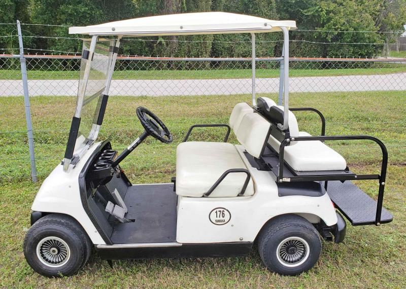 1998 Yamaha G16 Golf Cart - 4 Passenger