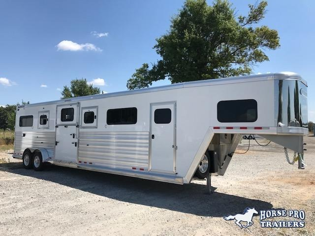 2020 Cimarron Norstar 4 Horse Head-to-Head Gooseneck w/FULL HEIGHT SLIDING DIVIDERS!