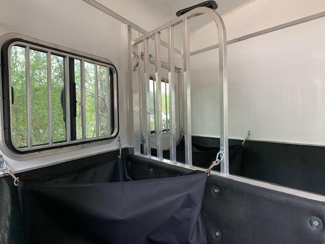 2020 Homesteader 2 Horse Slant Load Bumper Pull w/REAR TACK & ESCAPE DOOR