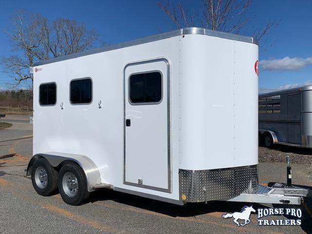 2020 Kiefer 2 Horse Slant Load Bumper Pull w/REAR TACK & FULL WIDTH RAMP