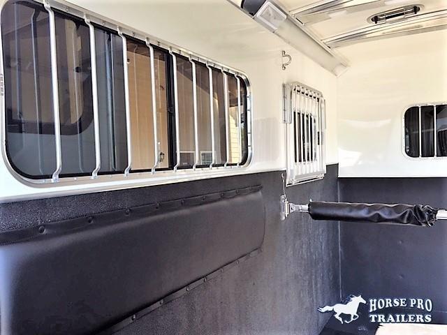 2020 Cimarron 2 Horse Straight Load Bumper Side Ramp Pull XL w/Side Ramp
