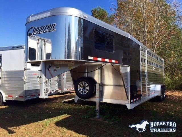 2020 Cimarron Lonestar 24' Stock Combo Gooseneck w/SIDE RAMP