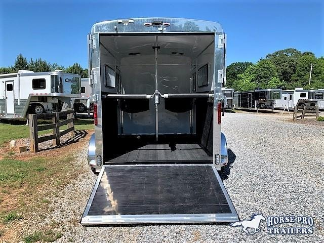2020 Homesteader Champagne/Black 2 Horse Straight Load Bumper Pull w/INSULATION & RUMBER FLOORING!
