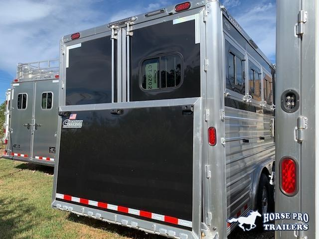 2020 Cimarron 3 Horse 13'6 Outback Living Quarters w/Slide Out- WERM FLOORING & RAMP!