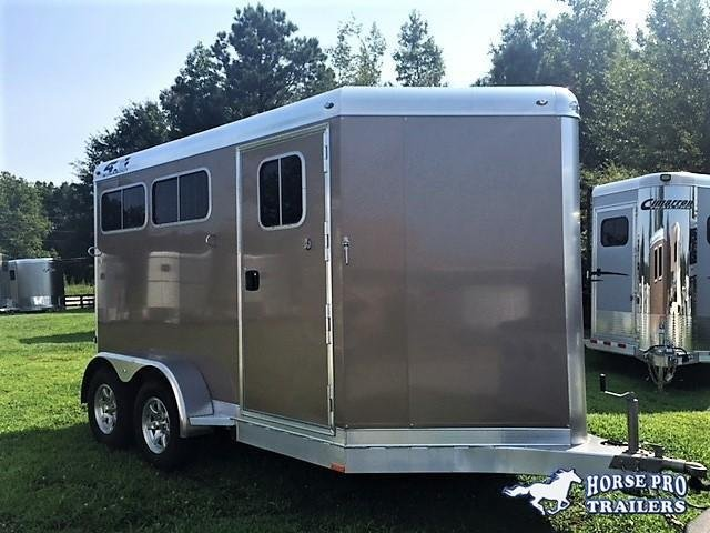 2020 4-Star 2 Horse Slant Load Bumper Pull w/Rear Tack & ROOF INSULATION!
