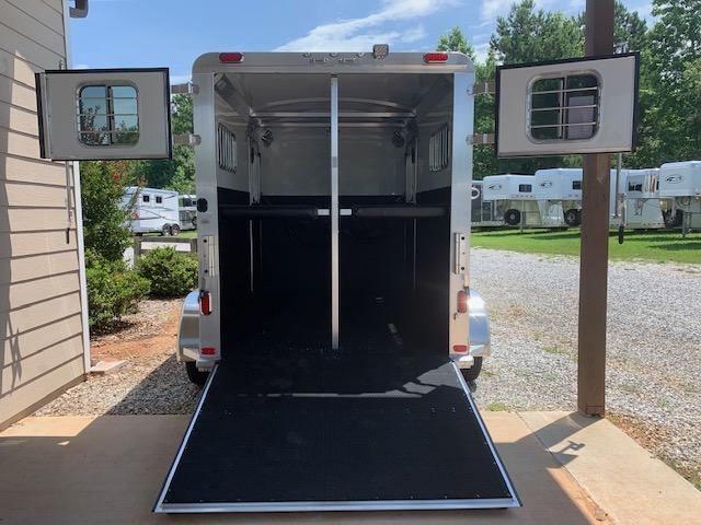 2020 4-Star 2 Horse Straight Load Bumper Pull w/QUIET RIDE & WERM FLOORING!
