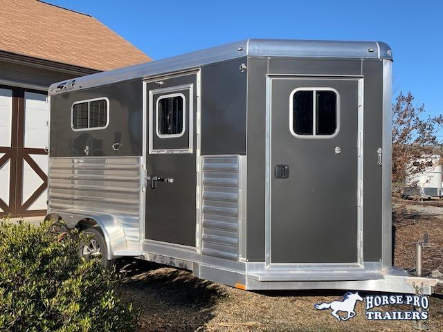 2020 4-Star 2 Horse Straight Load Bumper Pull w/ROOF INSULATION & FANS!