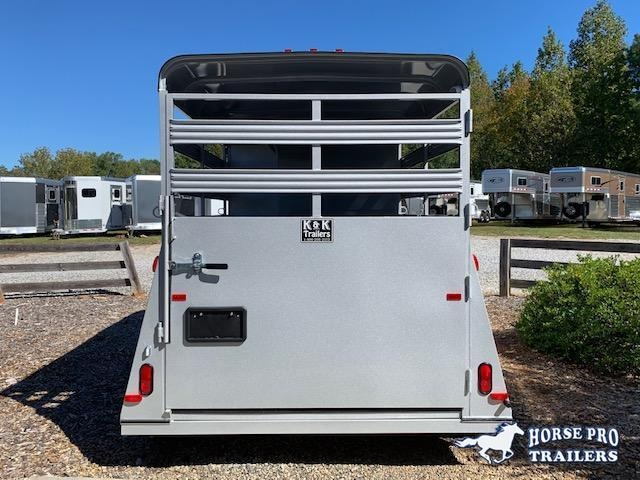2020 Bee 2 Horse Slant Load Bumper Pull w/Stock Sides
