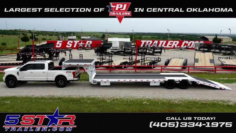 """2020 PJ Trailers 83""""x24' GN Equipment/Car Hauler (CC)"""