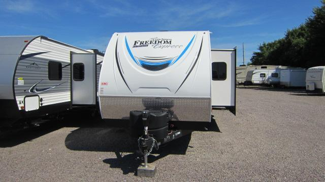 2019 Coachmen Freedom Express 310BHDS Travel Trailer