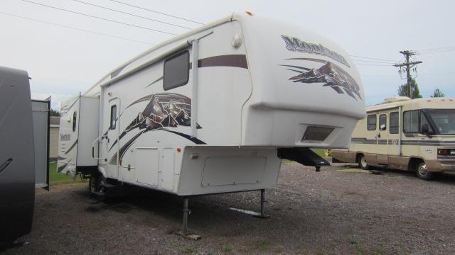 2008 Keystone RV Montana 3075RL Fifth Wheel