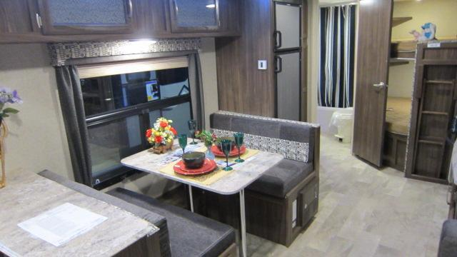 2018 Coachmen Apex Ultra Lite 288BHS Travel Trailer