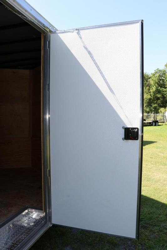 8.5x20 Red Hot   Enclosed Trailers