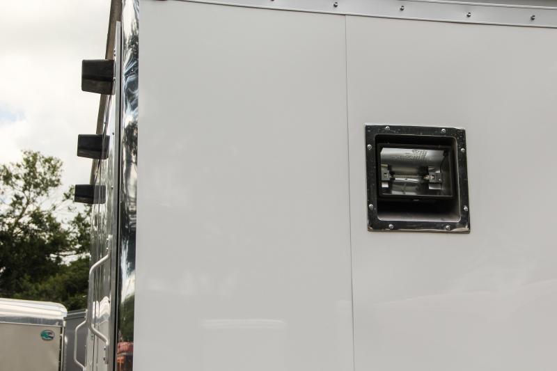 8.5x34 Haulmark Edge   Race Car Trailer
