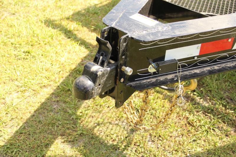 8.5x25 PJ Trailers   Equipment Trailer