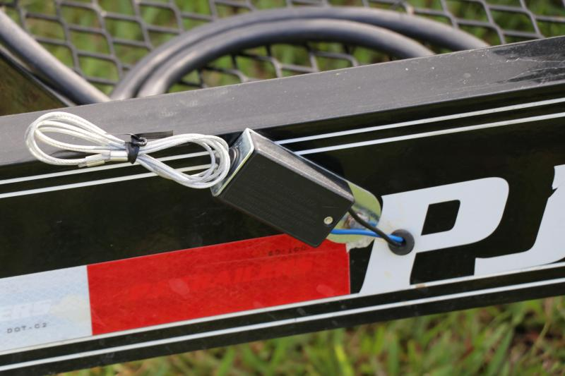 7X20 PJ Trailers I Equipment Trailer