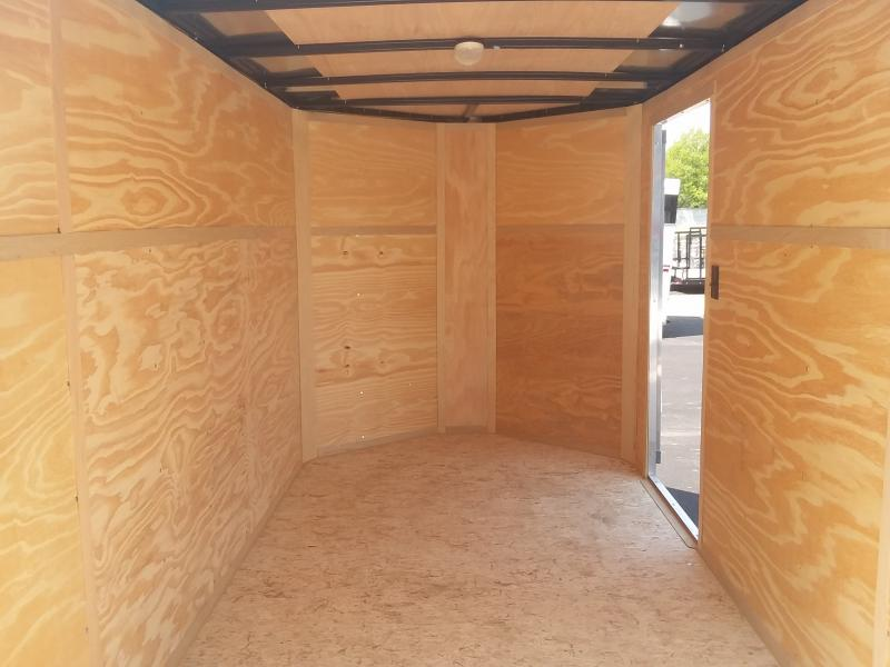 2020 Interstate 6' X 10' Enclosed Barn Door