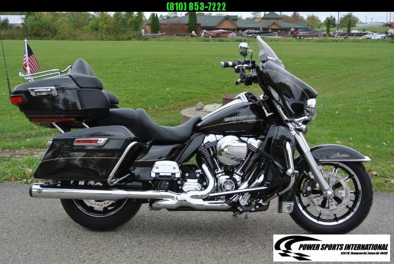 2016 HARLEY DAVIDSON FLHTK ELECTRA GLIDE ULTRA LIMITED MOTORCYCLE #7201
