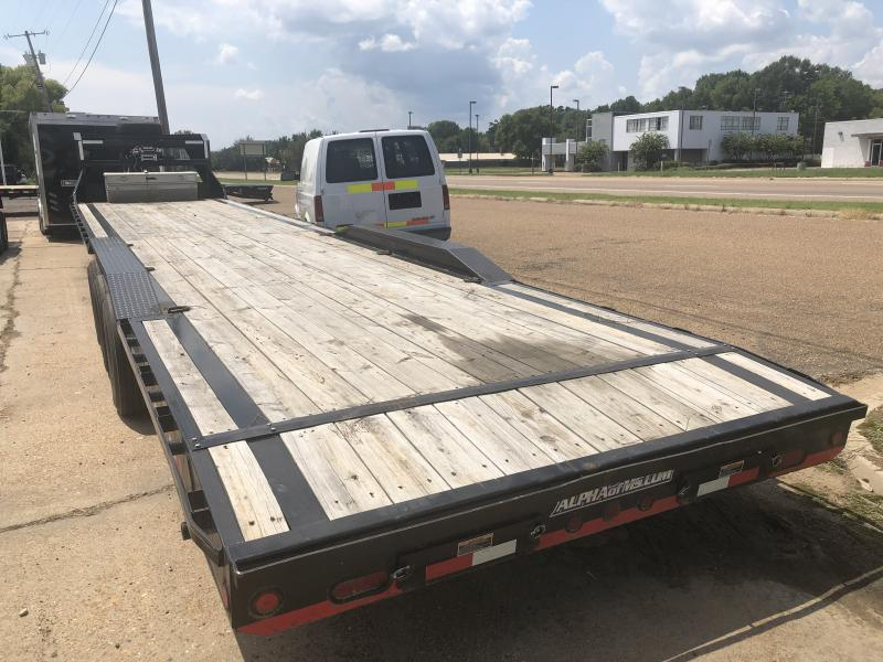 "USED 2018 Loadtrail 102"" x 40' Gooseneck Carhauler 21k GVWR"