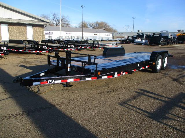 "2020 PJ Trailers 22' x 6"" Channel Equipment Tilt Trailer"