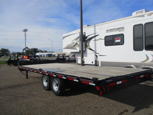 CLEARANCE  2014 Diamond C Trailers 22 Deckover Flatbed Trailer
