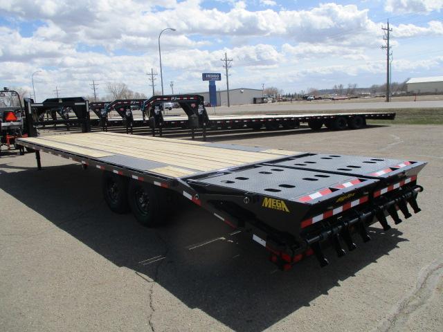 SPECIAL 2020 Big Tex Trailers 14GN-25BK+5MR Equipment Trailer