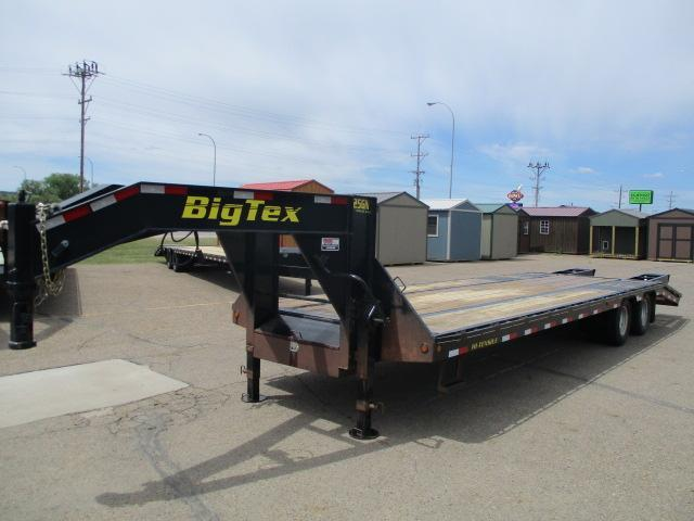 2014 Big Tex Trailers 25GN-25BK+5 Equipment Trailer