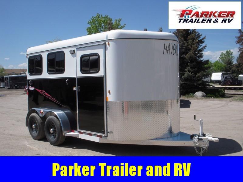 2019 Maverick MAV2 DX FEED AL Horse Trailer