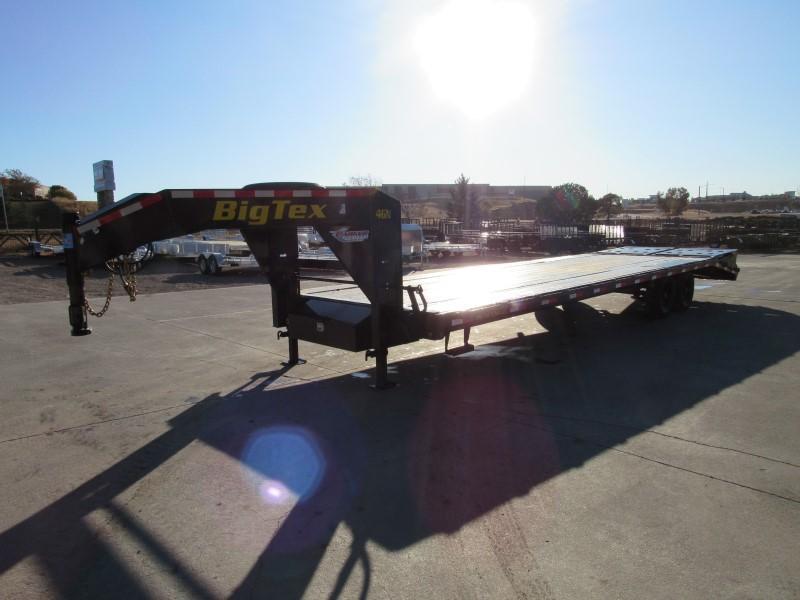 2020 Big Tex Trailers 14GN-25BK+5MR Flatbed Trailer