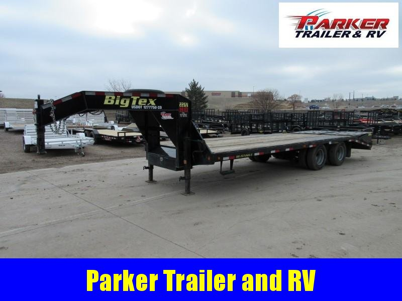 2018 Big Tex Trailers 22GN-20BK+5MR Flatbed Trailer