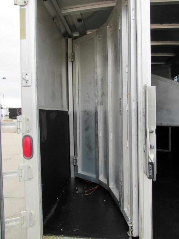 2001 East GN3HORSE Horse Trailer