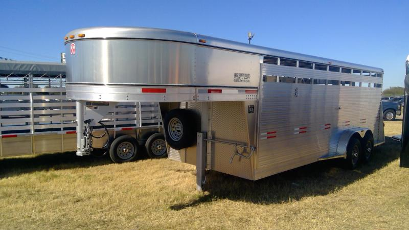 2020 W-W Trailer 20ft Aluminum Livestock Trailer