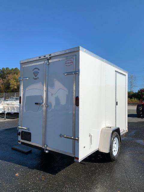 Diamond Cargo 6' x 10' V-Nose Enclosed Trailer w/ Cargo Doors
