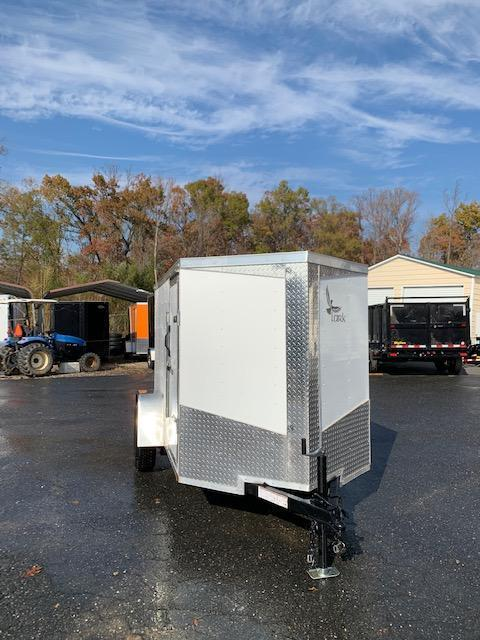 Lark 5' x 8' V-Nose Enclosed Trailer w/Ramp & Side Door