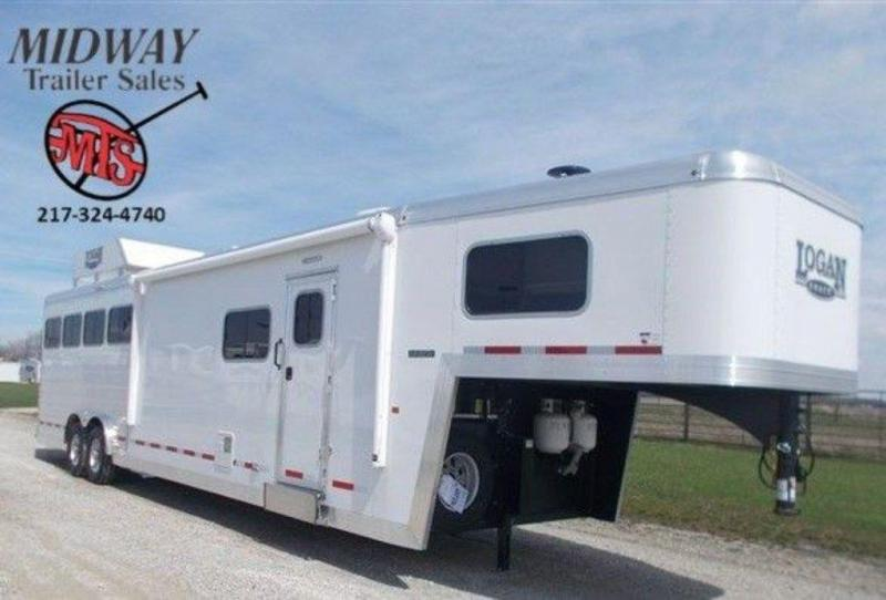 2019 Logan Coach Limited 812 4H w/ 12' SW and 6' Slide GN