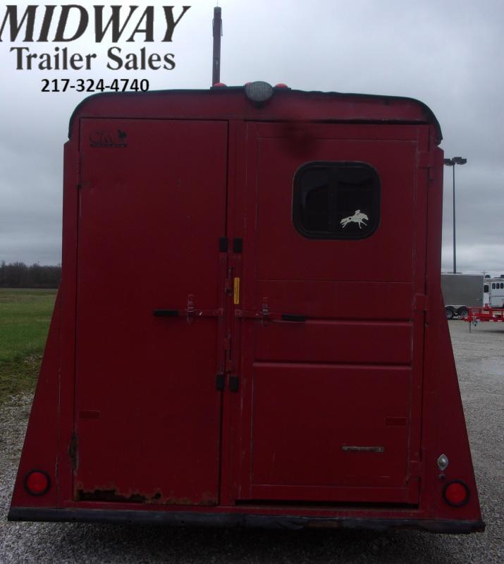 "1996 Continental Trailers 3H w/ 0"" Dress BP Horse Trailer"