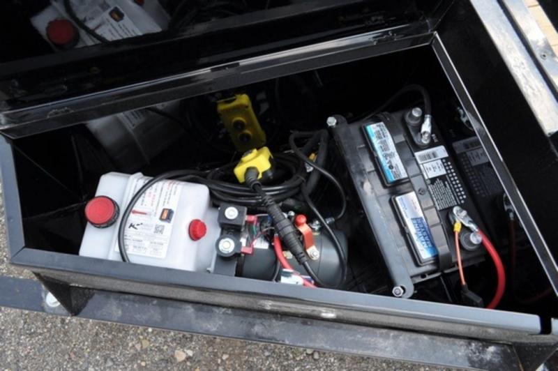 """2019 Sure-Trac 82"""" x 20' Power Tilt 10K Car Trailer For Sale"""